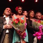 Antonio Cuevas, parte del elenco, la directora y Chalbaud la noche del estreno